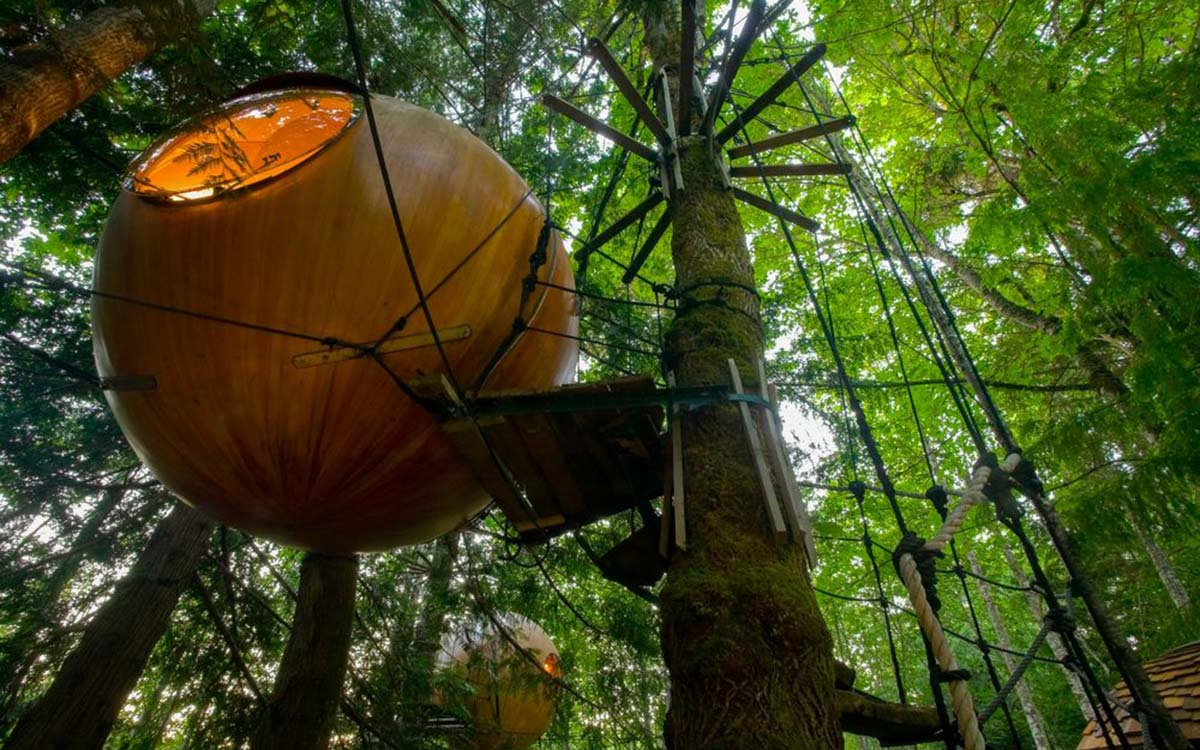 large_free-spirit-spheres-a-popular-alternative-night-stays-while-visiting-the-central-vancouver-area-near_6cbd625d5b
