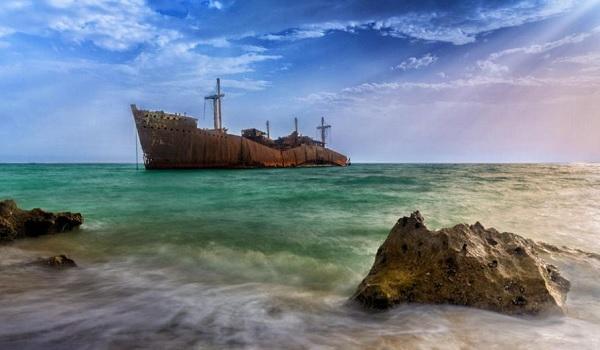 کشتی-یونانی