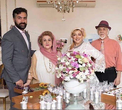 بهاره رهنما در کنار پدر، مادر و همسرش