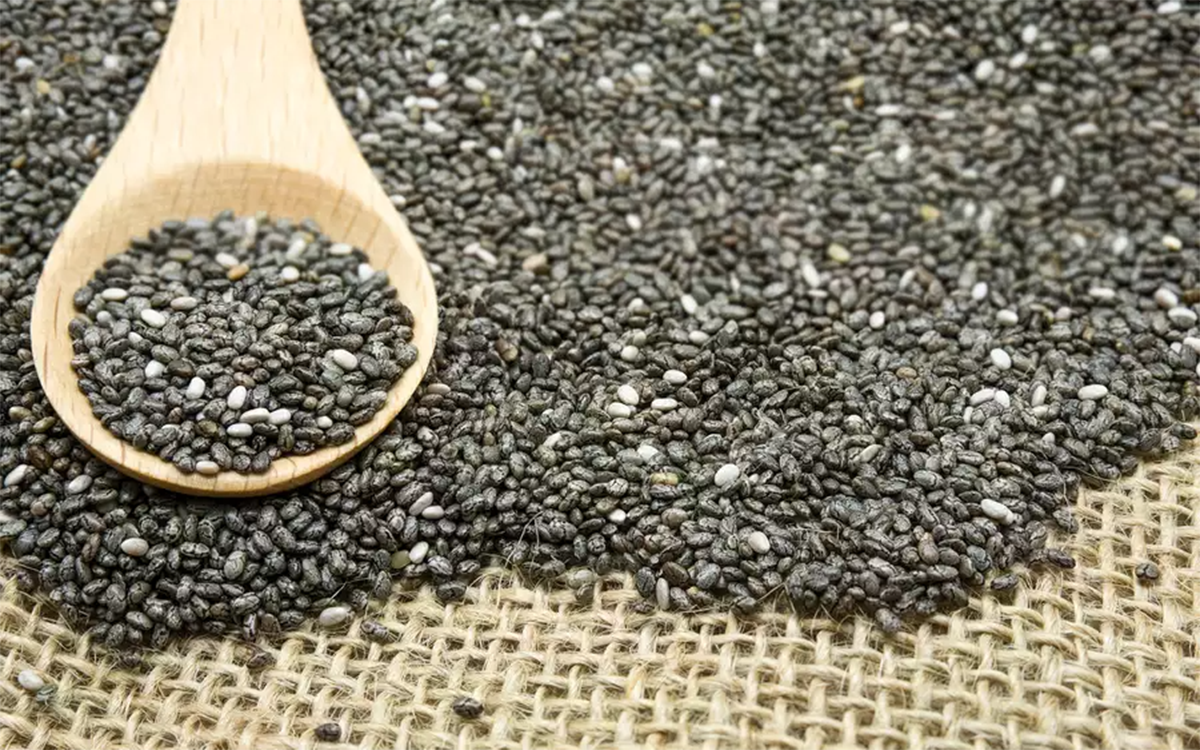 close-up-of-chia-seeds-in-spoon-and-table-606389843-5a9abb6431283400377a740c