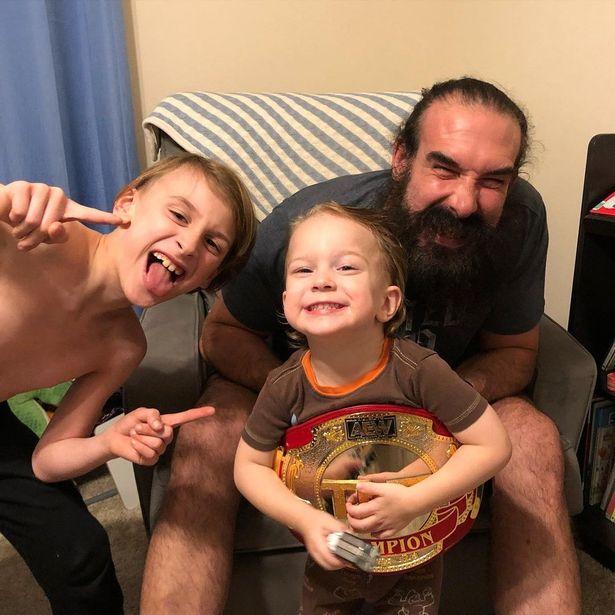 0_WWE-Brodie-Lee-or-Luke-Harper