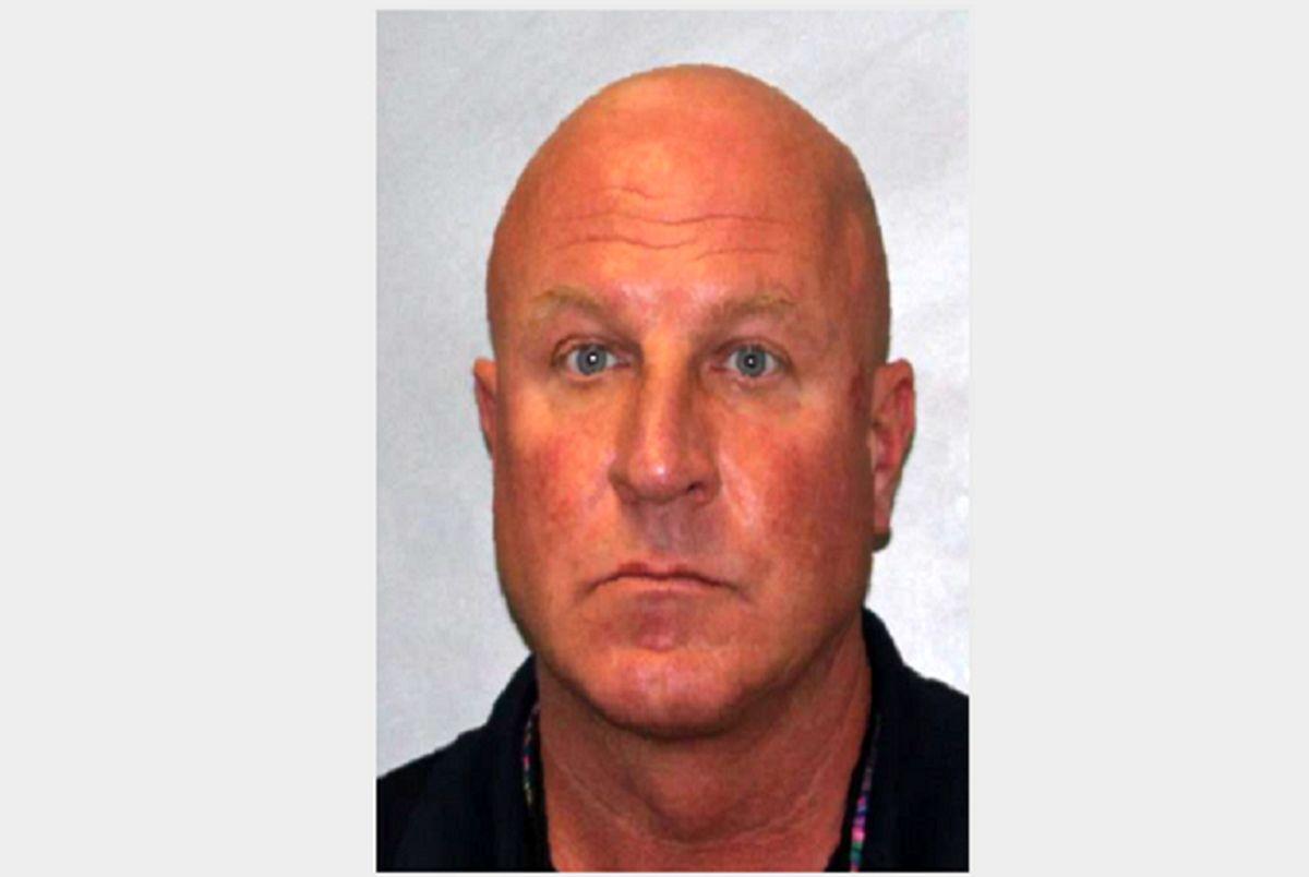 مردی که به جرم تجاوز به دانش آموزان دستگیر شد