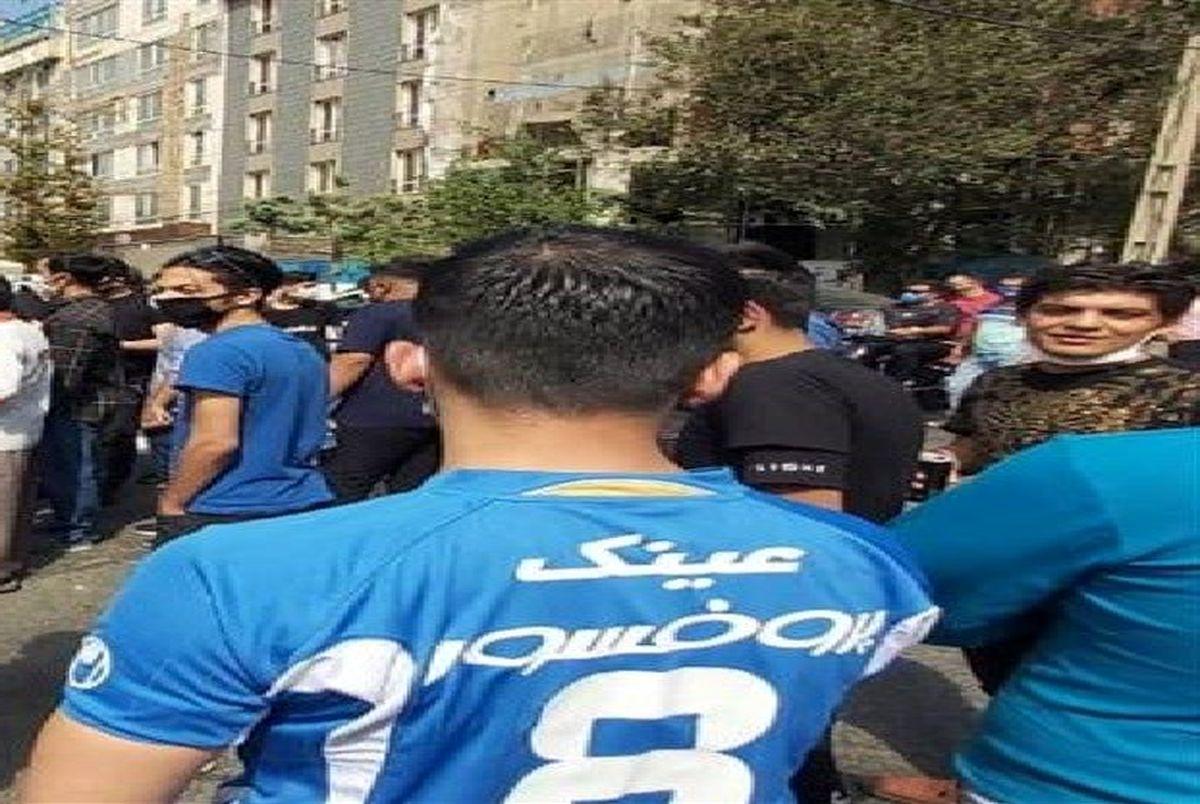 حمله هواداران استقلال به اعضای هیئت مدیره