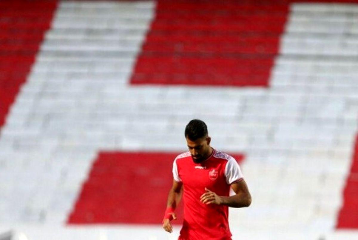 کنعانی زادگان تا دو هفته دیگر هم در میان تیم نیست