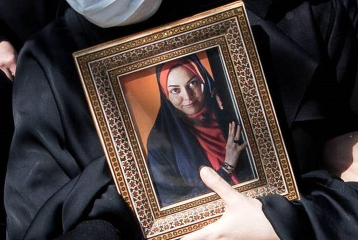 شایعات ساخته شده در فضای مجازی درباره فوت «آزاده نامداری» + فیلم