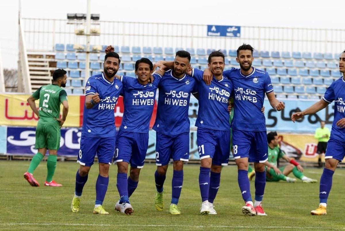 واکنش تند باشگاه استقلال به انتقاد یک پیشکسوت