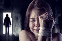 داستان غم انگیز تجارت جنسی کودکان توسط مادرانشان