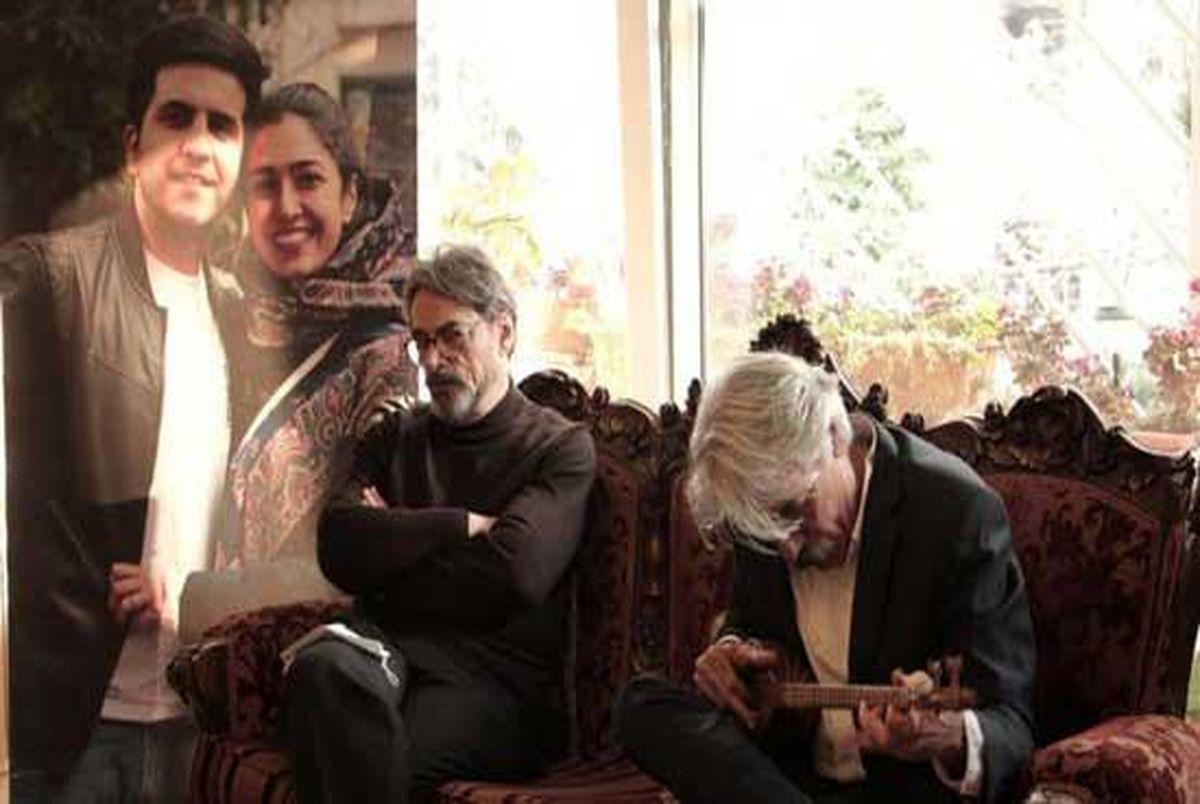 ساز زدن کیهان کلهر با سه تار یکی از قربانیان ۷۵۲
