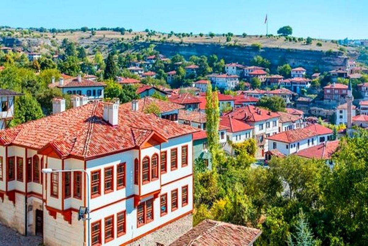 سقوط شدید قیمت ملک در ترکیه و دبی