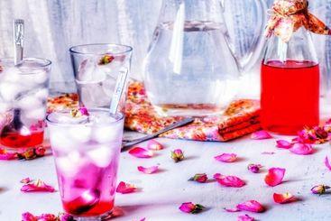 طرز تهیه شربت گل محمدی با گل خشک و تازه + گرفتن تلخی گل محمدی