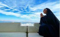 (عکس) دعای لاکچری سحر قریشی کنار دریا